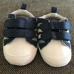Baby booties for age 6-9 months